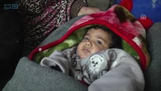 مصر العربية | عائلة فلسطينية تواجه الأمطار والبرد ببيت صغير من الصفيح