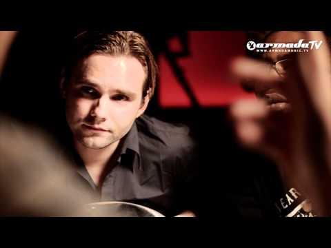 Mischa Daniels & Sandro Monte feat. J-Son - Simple Man (Official Music Video)
