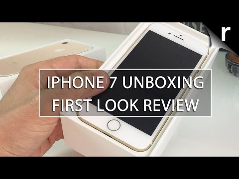 iPhone 7 Unboxing and Hands-on Review