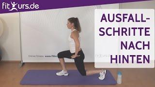 Training für Oberschenkel und Po - Ausfallschritte nach hinten