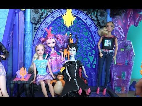 Семейное фото Малефисенты, Малючи и Рапунцель с помощью  Barbie Photo Fashion, серия 505