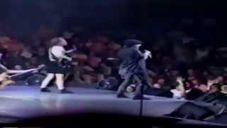 AC/DC - Meltdown (Live 2000 Concert Clip)