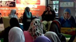Irma Hasmie and Hilal Asyraf at Ekspo Buku Islam 4 2017 Video