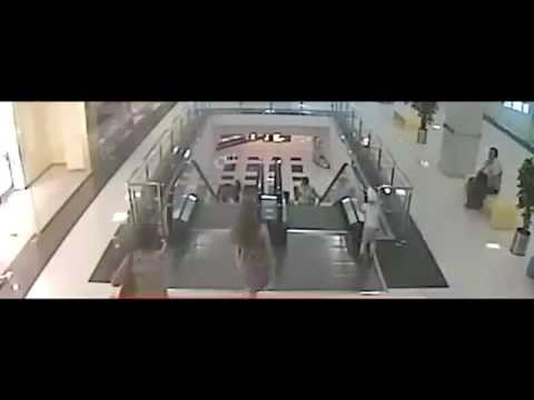5 Year Old Boy Falls From The Third Floor In Russia Mall, Escaped With Minor Injuries