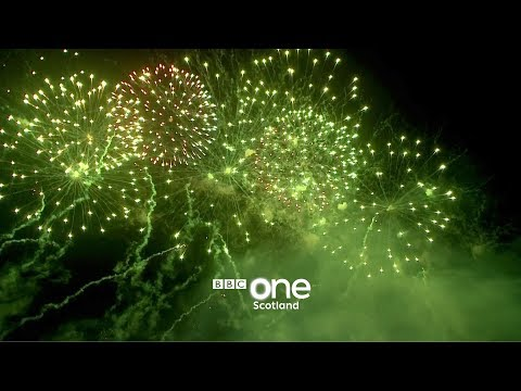 Edinburgh's Fireworks 2018 - Hogmanay Live: New Year's Eve 2017 - BBC One Scotland