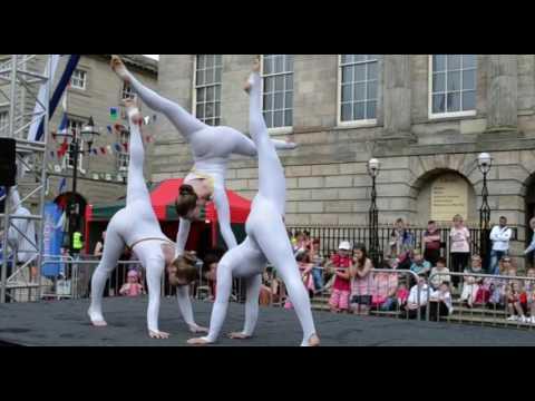 Acrobatic Acts - Available from AliveNetwork.com