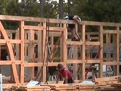 Fuhrberger zimmerei aufbau des hauses der familie tiedt for Fachwerkhaus konstruktion