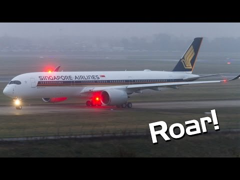 Intense engine roar - Singapore Airlines NEW Airbus A350-900 takeoff at Toulouse Airport