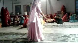 Rajasthani royal dance {rajwadi song)