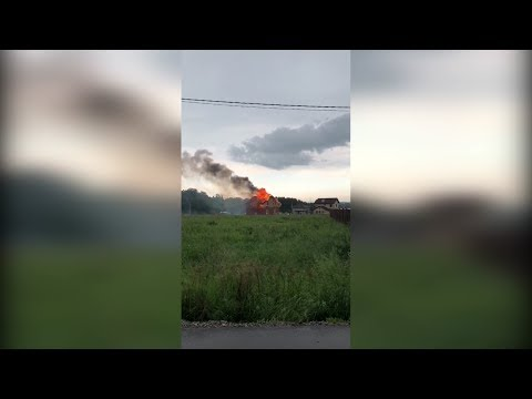 В результате молнии сгорел дом под Уфой
