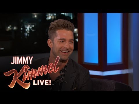 Keri Russell & Scott Speedman Reveal He was a Disaster of a Boyfriend During Felicity