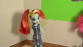 Equestria Girls RAINBOW DASH My Little Pony Deluxe Doll Unboxing & Review! by Bin