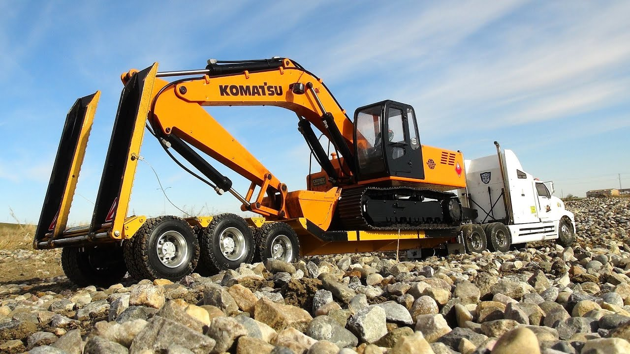 remote control excavators for adults with Watch on Pro 487 besides Mini Kids Excavator With Grapple For 60280078006 further Watch additionally Cat Rc Excavator For Adults also 131005464496.