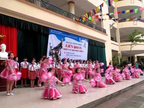 Liên hoan Chiến sĩ nhỏ Điện Biên trường Tiểu học Lương Yên - Hà Nội - Phần văn nghệ chào mừng