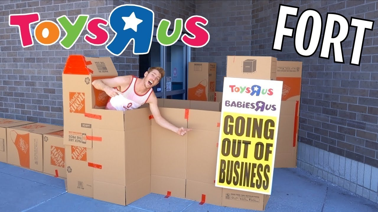 Closed Toys R Us Box Fort Youtube