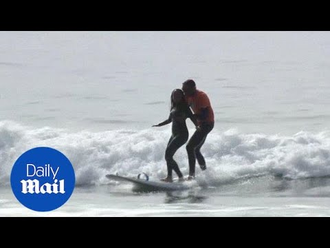 Deaf-blind California lawyer tackles new challenge: surfing - Daily Mail
