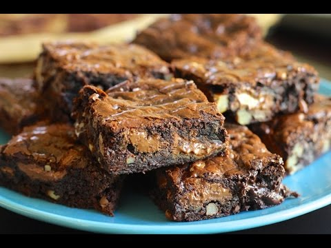 Chocolate Fudge Brownie Recipe - Hot Chocolate Hits