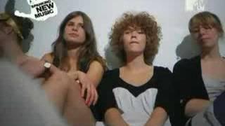 Those Dancing Days- Hitten (with lyrics)