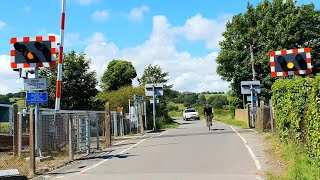 (4K) *Very Faulty Alarms* Winchelsea Level Crossing, East Sussex