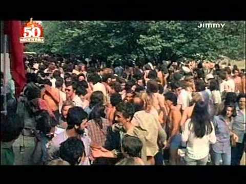 """""""Nudi Verso La Follia"""" - Festival di Parco Lambro 1976_(film/documentario di Angelo Rastelli)"""