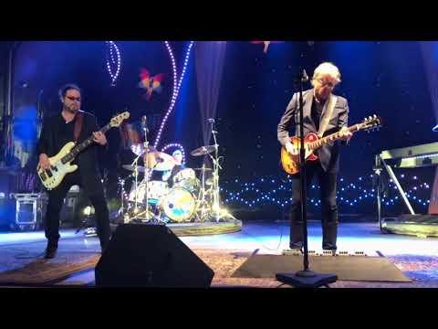 Steve Miller Band - Jet Airliner (Columbus, 9-24-17)
