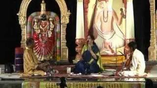 மாடு மேய்க்கும் கண்ணே - அருணா சாய்ராம்