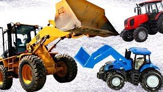 СИНИЙ ТРАКТОР для детей КАК МУЛЬТИК Дети и Машины ТРИ ТРАКТОРА убирают снег спецтехника для детей