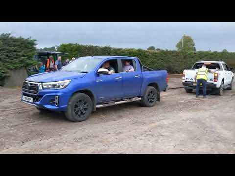 Toyota Hilux Vs Ford Ranger Tug Of War !