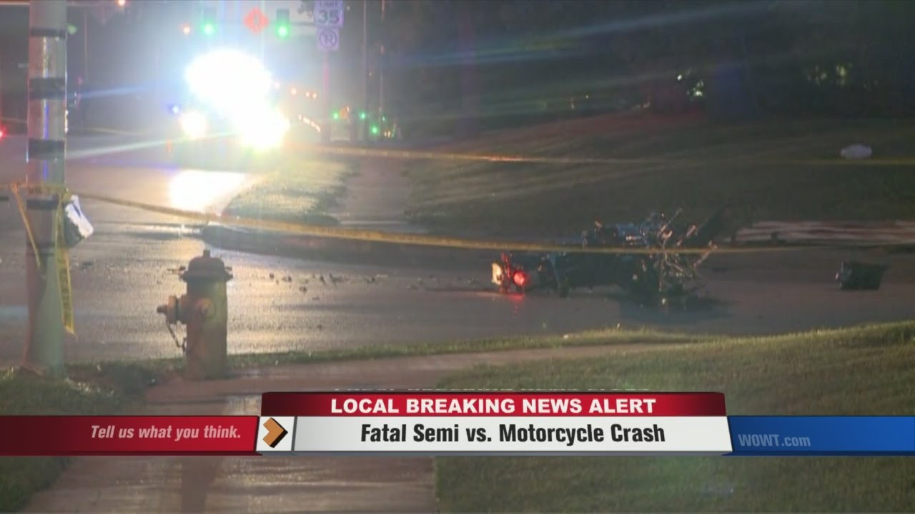 Motorcycle hits semi truck strange accident 31 12 2012 youtube - Fatal Motorcycle Vs Semi Crash