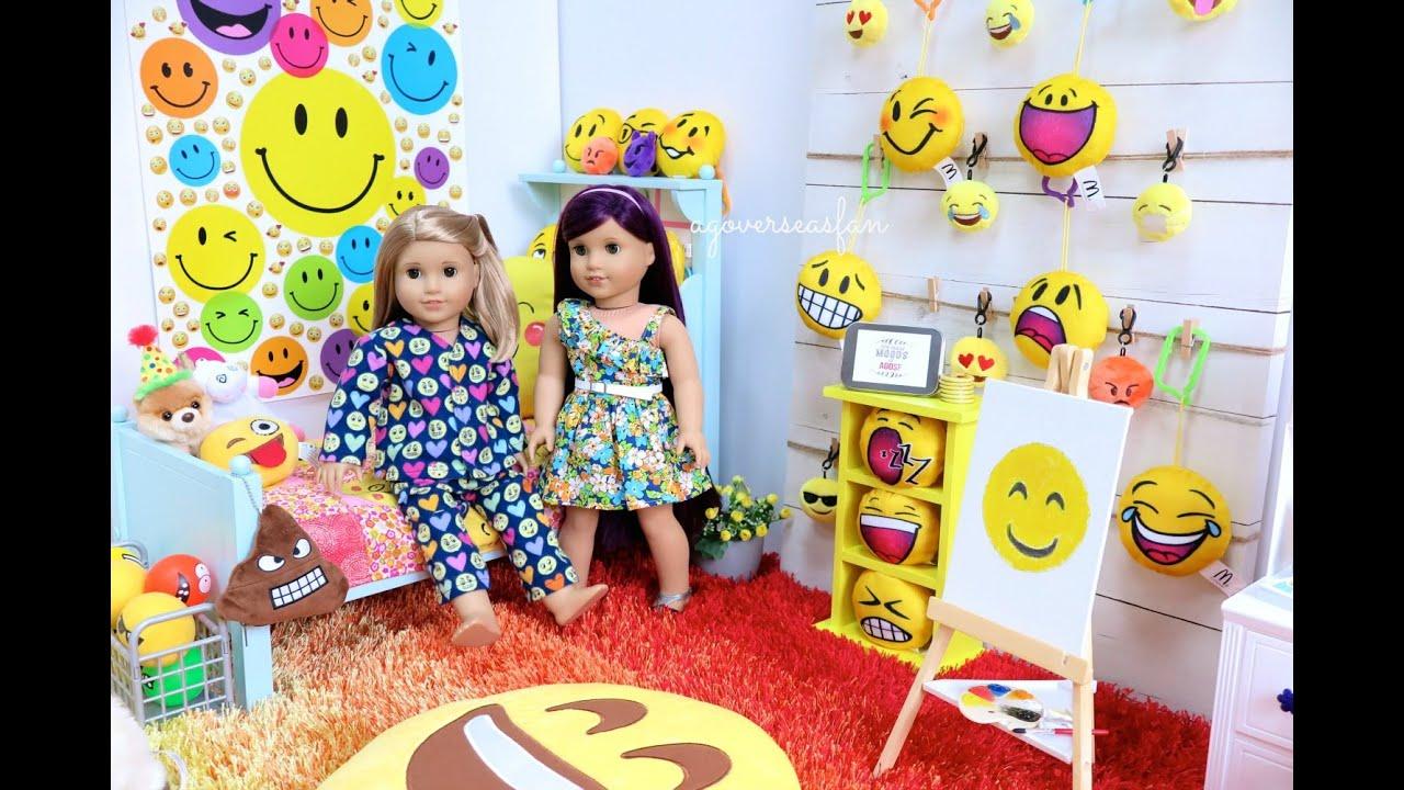 American girl doll emoji room youtube for Emoji bedroom ideas