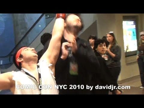 COMIC CON NYC 2010 by davidjr.com