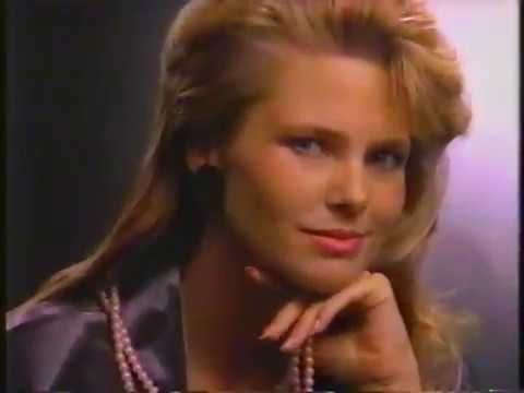Christie Brinkley Commercial >> Christie Brinkley 1986 Cover Girl Luminesse Nail Polish Commercial