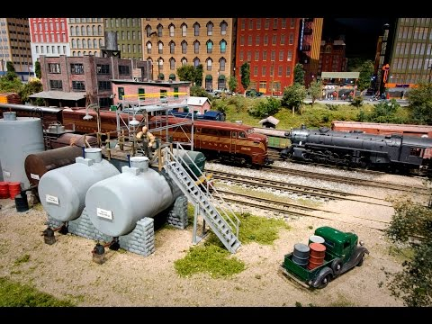 World's Largest INDOOR G-Scale Model Railroad. 58 Scale Miles of Track! (Scenes & Cab Rides)