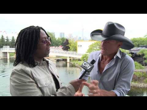interview-tim-mcgraw-discusses-new-album-sundown-heaven-town