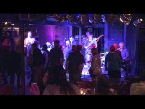 Brickhouse ~ The Happy Song