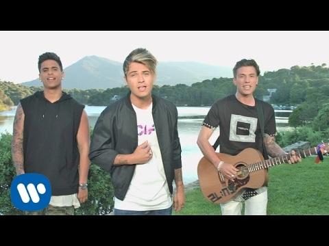 Benji & Fede + Xriz - Eres mía (Official Video)