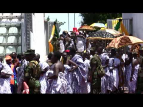 Ghana - 10th Anniversary Enstoolment Osei Tutu II - Part 2^: The King's arrival