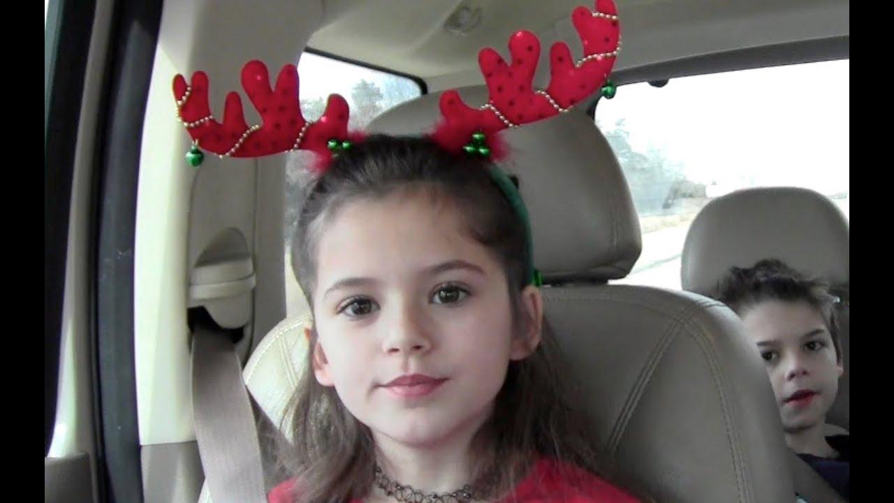 A KittiesMama Christmas Special 2011! - YouTube