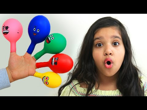 surprise-yupi-strowberry-kiss-&-kinder-joy-eggs-dalam-balon-karakter-balloon-finger-family-song