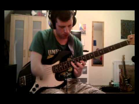 Sonic Boom! Guile's Theme from Street Fighter (one-armed bass solo)