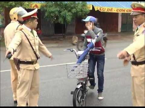Đi xe đạp điện có cần đội nón  bảo hiểm không?