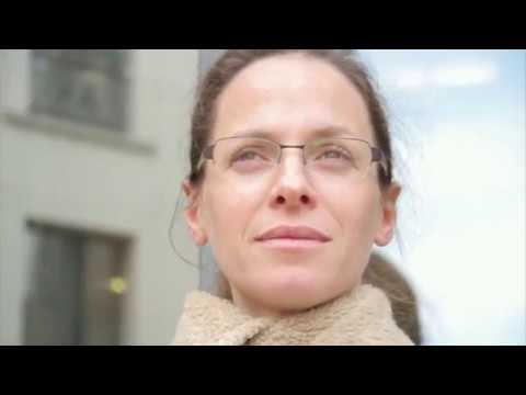 Elan intercultrel all-in-one video
