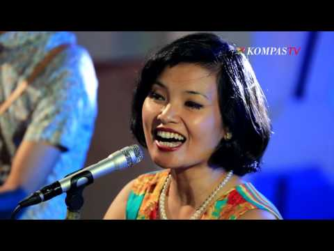 White Shoes & The Couples Company - Sabda Alam