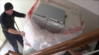 Грузоперевозки Николаев.грузоперевозки,услуги грузчиков.Как правильно нести холодильник.(, 2016-03-21T08:23:28.000Z)