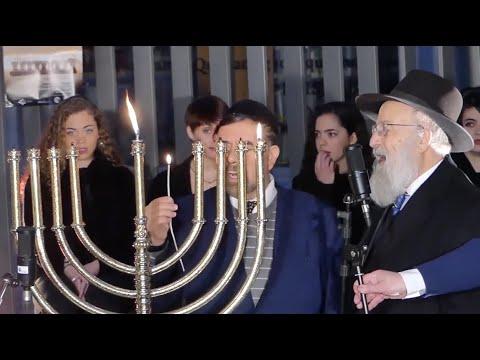 VÍDEO: Nuestro reportaje sobre la Fiesta de las Luces (Hanukkah) en Lucena