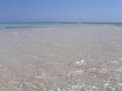 出現前の百合ヶ浜の海