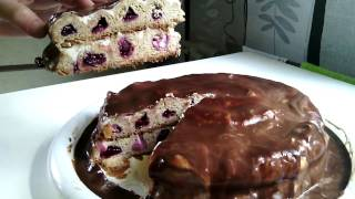 Как выглядит в разрезе торт с вишней МЕДОВЫЕ СОТЫ (ВИШНЕВЫЕ СОТЫ)