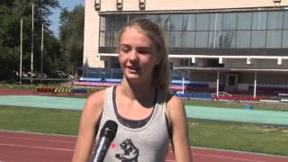 Волгоградская чемпионка Валентина Косолапова сделала маникюр с российским триколором
