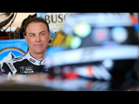 Harvick: Kyle Larson is the 'best driver' since Jeff Gordon