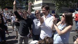 Concentración del sector del taxi por la denuncia de Cabify contra Podemos #CabifyNoNosAmordaza